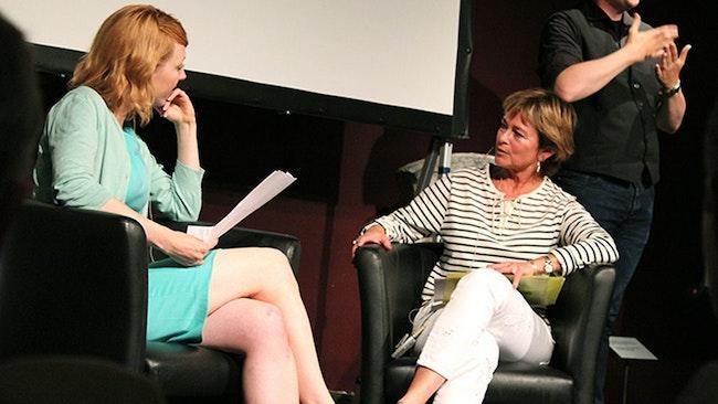 Katrine Kielos, moderator, och kulturminister Lena Adelsohn Liljeroth (M).