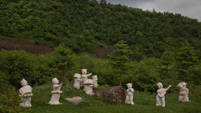 Djurstatyer i Samsu.
