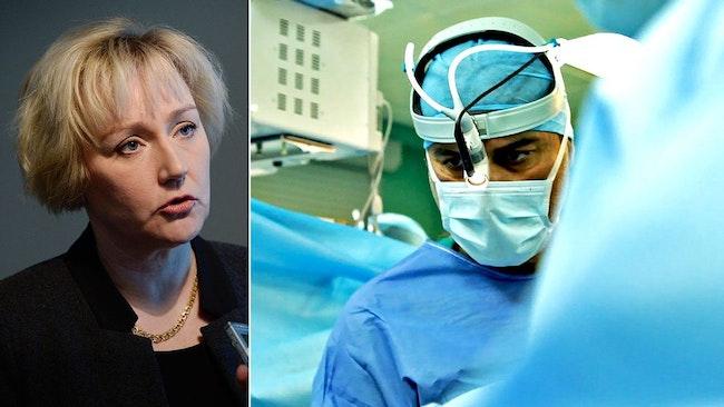 Helene Hellmark Knutsson, minister för högre utbildning och forskning, och till höger en bild på kirurgen Paolo Macchiarini.