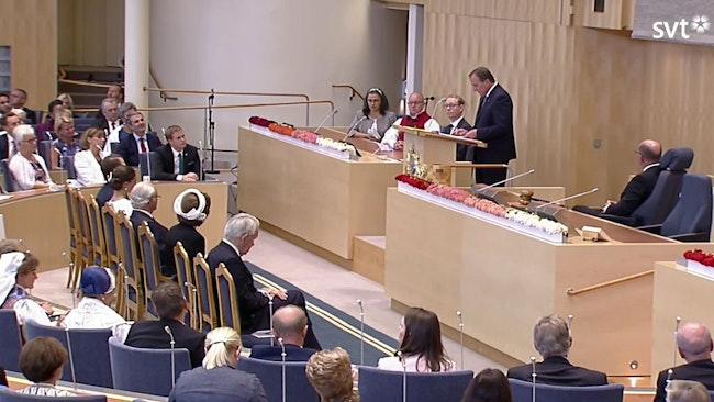 Statsminister Stefan Löfven läser regeringsförklaringen