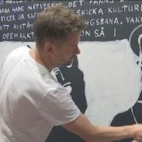 Jesper Waldersten målar på Bokmässan