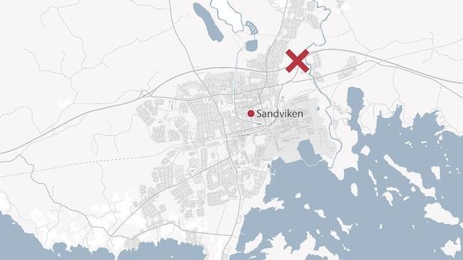 En karta över Sandviken. Olycksplatsen är markerat med ett kryss.