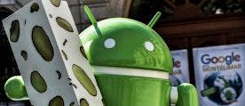 En staty över operativsystemet Android 7.0, som Google lät resa i Frankrike tidigare i år.