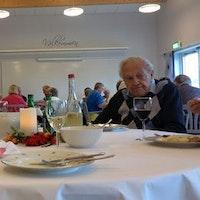 Karl-Axel Jönsson är boende och han var nöjd med dagens mat.