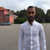 Porträtt på Issam Jebali