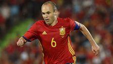 Andres Iniesta, Spanien Ålder: 32 Position: Mittfältare Klubb: FC Barcelona Styrkor: Bollbehandling