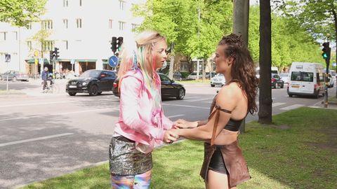 Amelie träffar Björk Odinsdottir