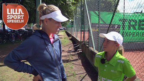Wilma Eriksson får träffa idolen Angelique Kerber.