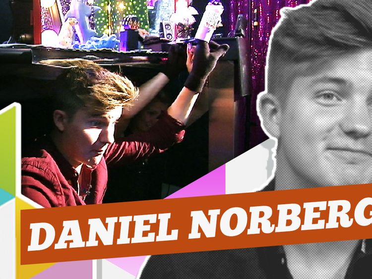 Daniel Norberg rockar loss i Minimello!