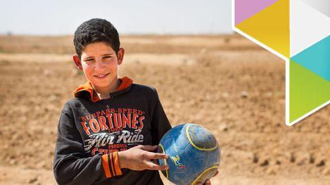 """Ahmad 10 år bor i flyktingläger """"Här är inte bra"""""""