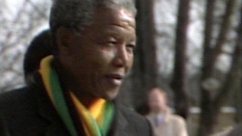 Nelson Mandelas första utlandsbesök efter frigivningen