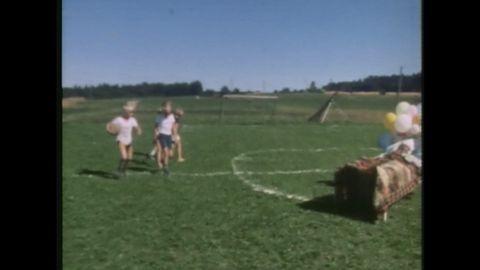 Avsnitt 3 av 10: Lekar och fotboll