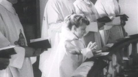 Avsnitt 1 av 100: Margit Sahlin prästvigs