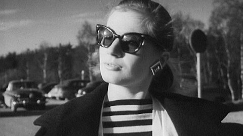 Anita Ekberg hemma i Sverige 1955