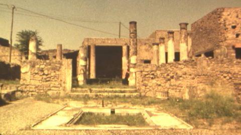 Avsnitt 2 av 3: Arkeologernas Törnrosaslott