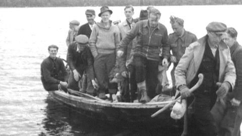 Flyktingar finner en hamn
