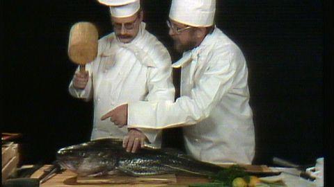 Werner och Werner rensar fisk