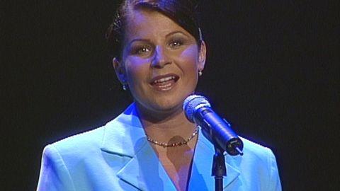Carola sjunger Lina Sandell