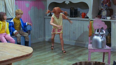 Avsnitt 2 av 13: Pippi är sakletare och går på kalas