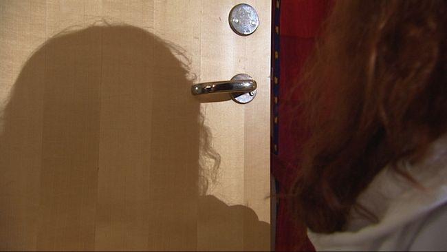 Anna våldtogs av en taxichaufför som tidigare dömts för flera sexbrott.