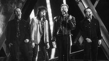 """Edin-Ådahl slog ut favoriten Carola och vann Melodifestivalen 1990 med """"Som en vind""""."""