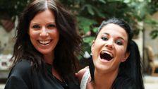 Monica Starck och Johanna Beijbom är två av körsångerskorna som backar upp Loreen på scenen.