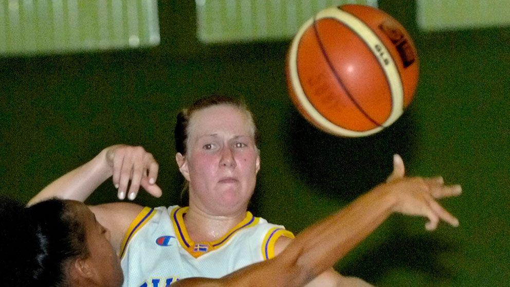 Svenska basketdamer bast i norden