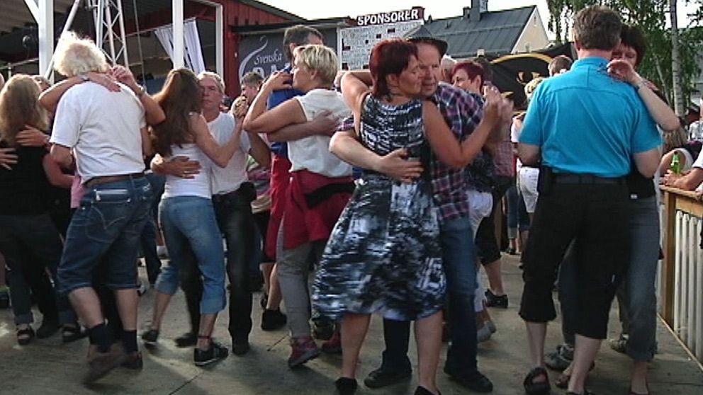 grov dansare rida i Helsingborg