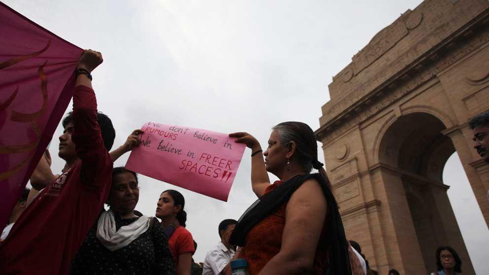 Konflikt hotar indiens regering
