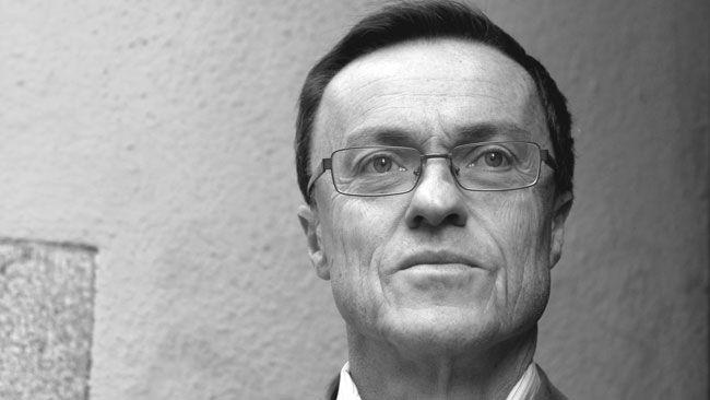 expert- internet brudar träldom i Örebro