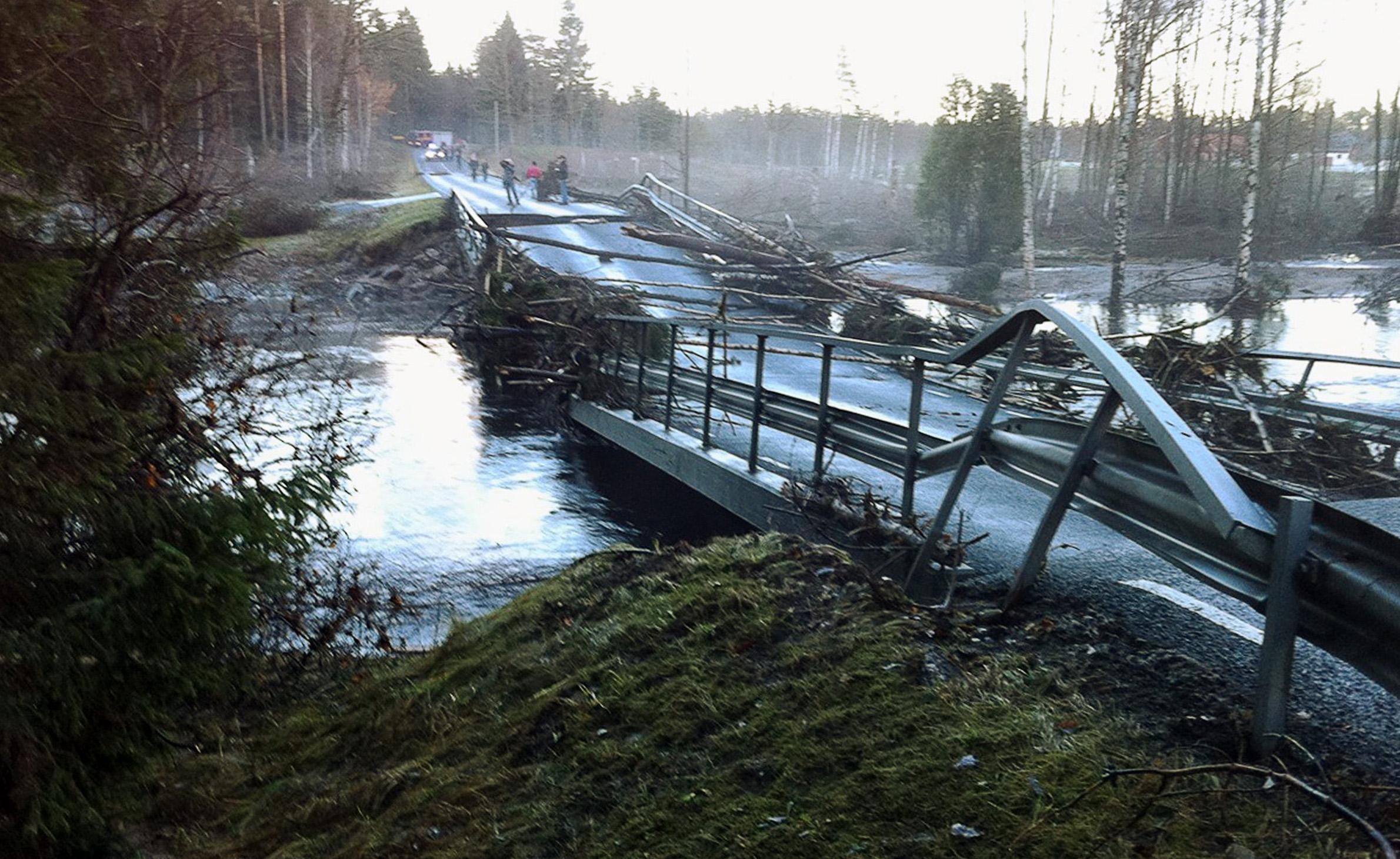 Externa experter utreder dammolyckan