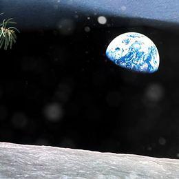 Hör en (kontroversiell) julhälsning från Apollo åttas omloppsbana runt månen från 1968. I tur och ordning hörs astronauterna William Anders, Jim Lovell och Frank Borman.