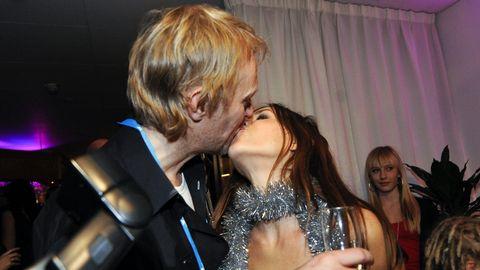 Caroline af Ugglas tilsammans med sin man Heinz Liljedahl efter vinsten i Andra chansen 2009.