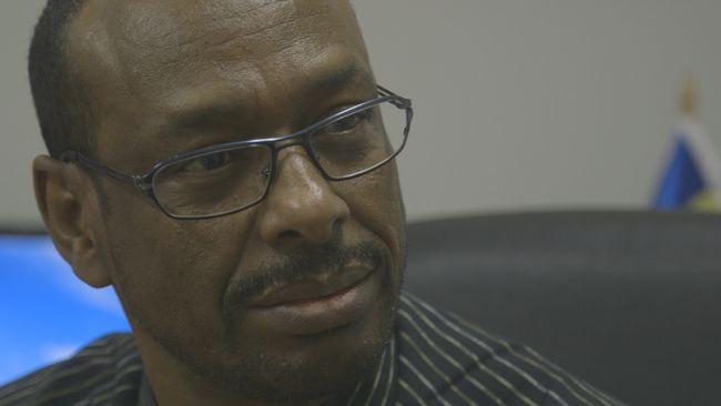 - Han sitter någonstans och säger att Per hjälper SD, det är helt fel, säger Jama Osman Ismail på Somalilands förening i Malmö.