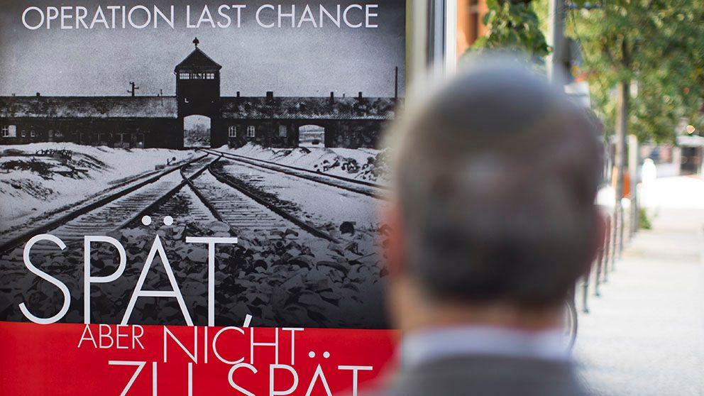 Affischkampanj mot nazistförbrytare