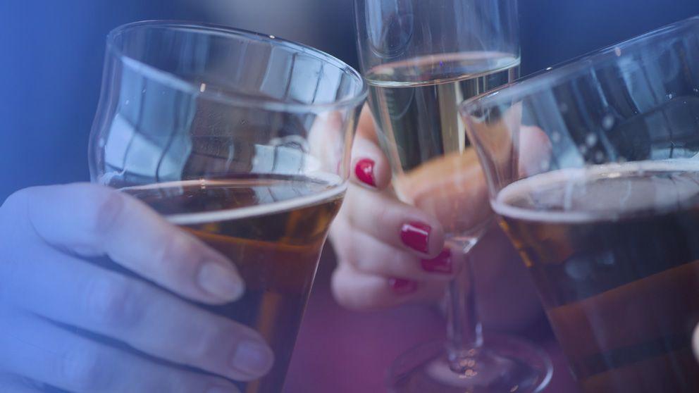 Alkoholister kan lära sig dricka med måtta visar ny svensk forskning