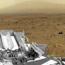 Bild från Mars som är sammansatt av nästan 900 bilder tagna av Nasa:s Curiosity vid en plats kallad Rocknest.