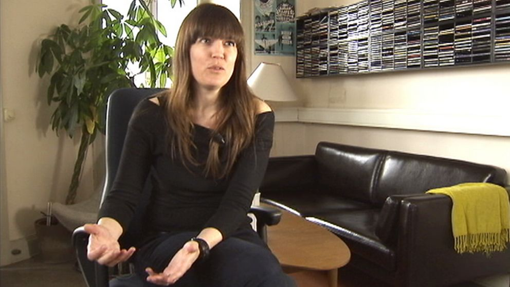 Karin Inde på Svensk jazz. Bild ur tv-intervju.