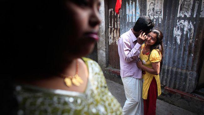 nyheter utrikes prostituerade flickor i bangladesh far djurhormoner