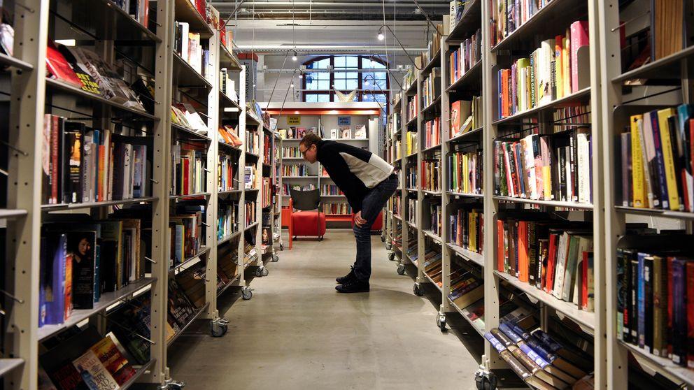 På ensamjakt efter en bra bok.
