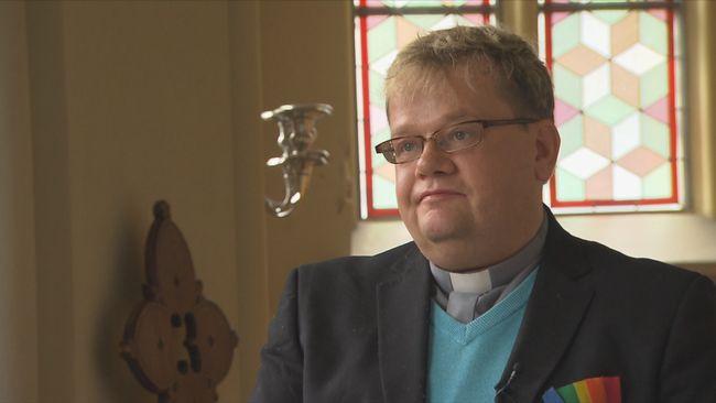 Lars Gårdfeldt är präst och själv homosexuell.