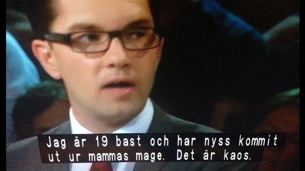 Jimmie Åkesson i partiledardebatt – med något felaktig undertext.