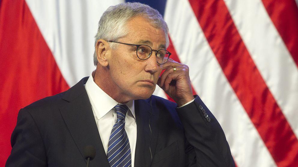 Usa s forsvarsminister avgar