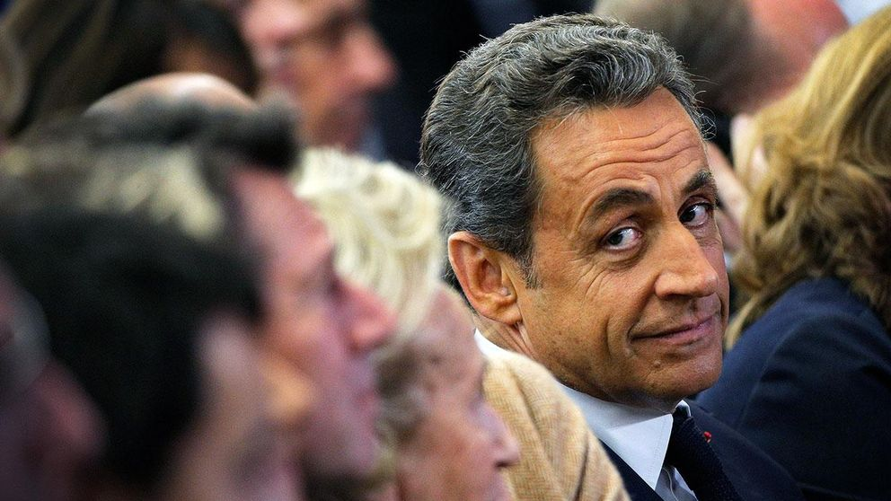 Sarkozy vill tillbaka till politiken