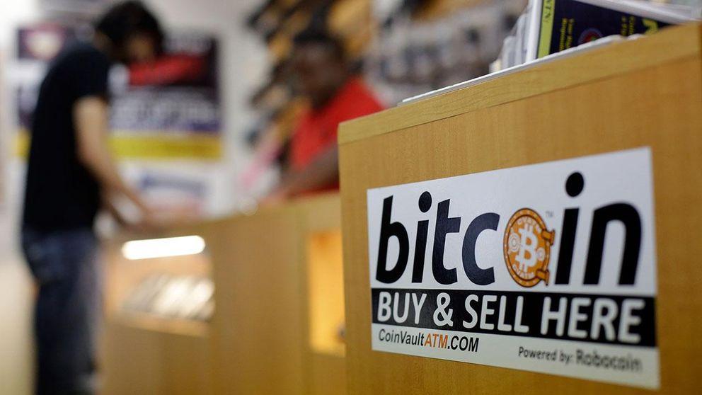 19 000 bitcoin, motsvarande över 40 miljoner svenska kronor, har försvunnit efter ett datorintrång mot handelsplatsen Bitstamp.