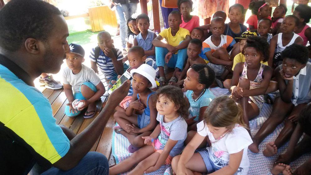 Organisationen Praesa arbetar med läsfrämjande insatser i Kapstaden, Sydafrika.