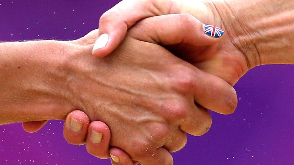 Hälsan sitter i händerna. Ett svagare handgrepp, som enkelt kan mätas med hjälp av en handgreppsdynamometer, kan kopplas till både sjukdom och död, visar ny forskning.