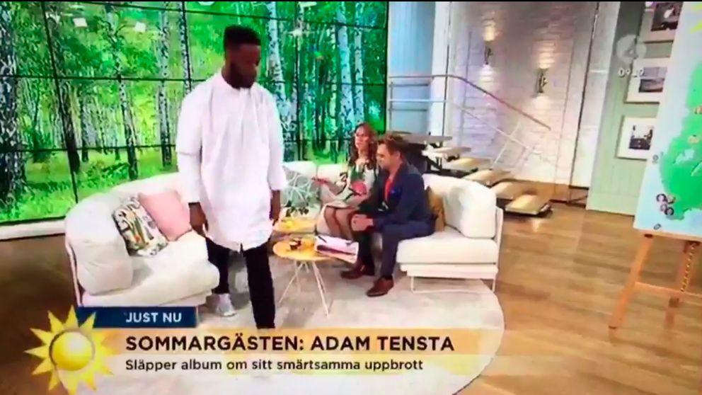 Adam Tensta lämnar Nyhetsmorgon.
