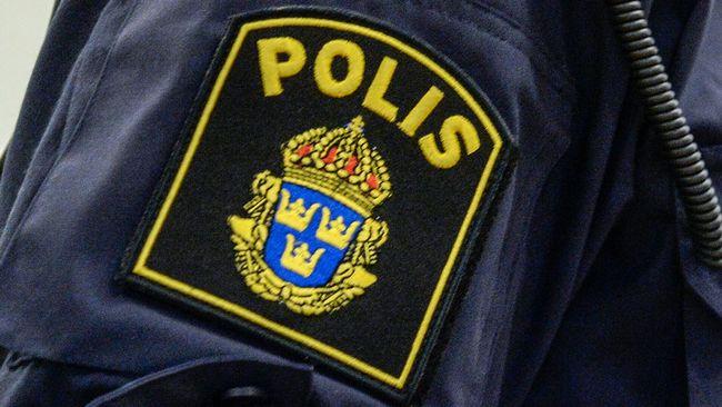 """Berusad """"polis"""" försökte stoppa fordon  bf9d2bad4ca87"""