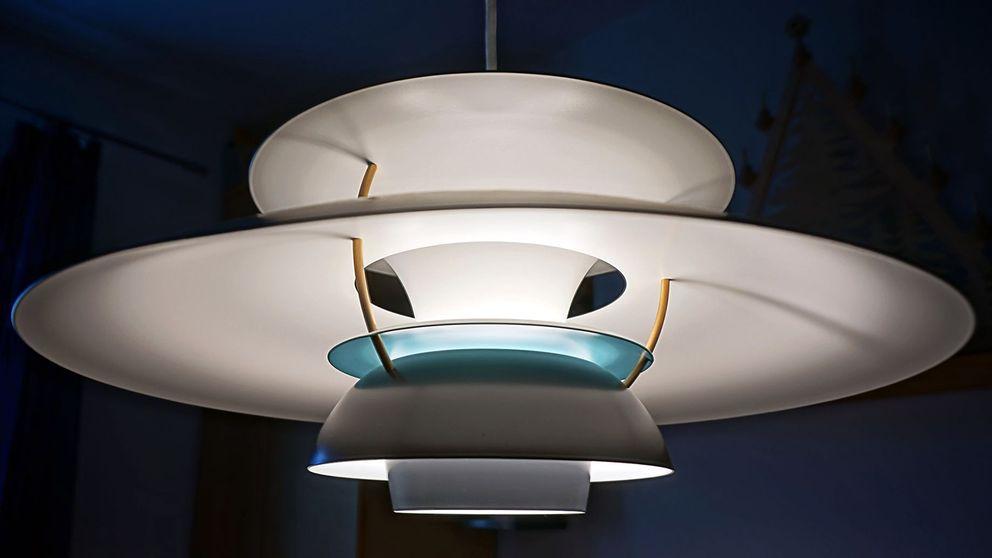 Lampa av Poul Henningsen.